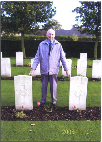 Ron Hunwicks, the flight engineer on the Lancaster at Cambridge Cemetry
